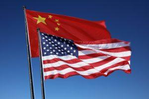 bandeiras EUA e China