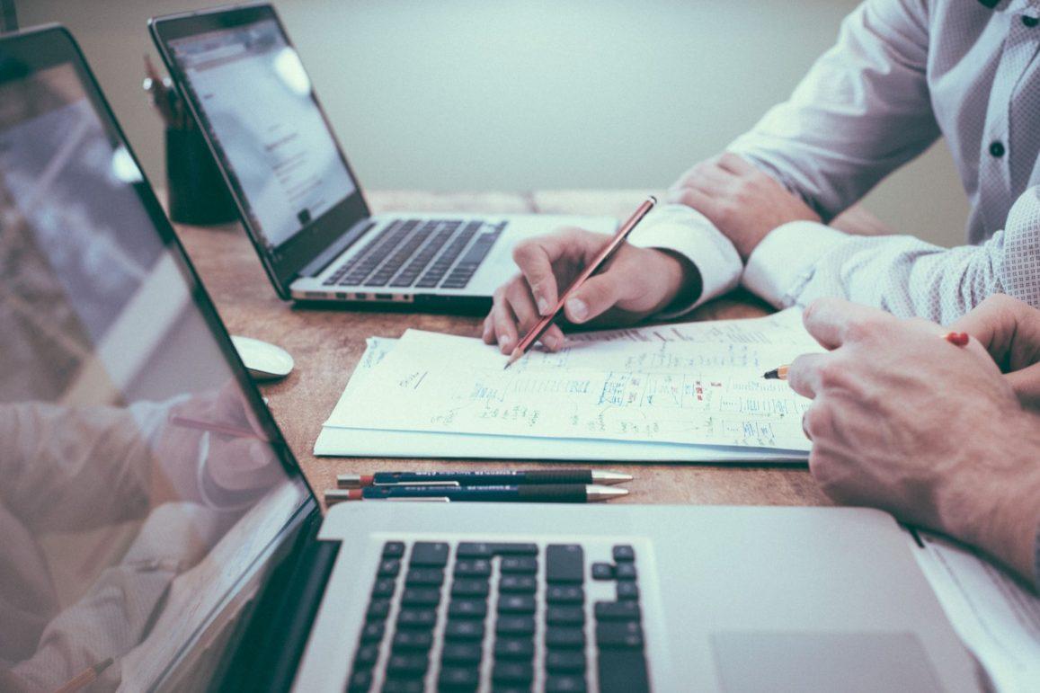 Temporada de resultados chegando: saiba como analisar os dados das empresas!