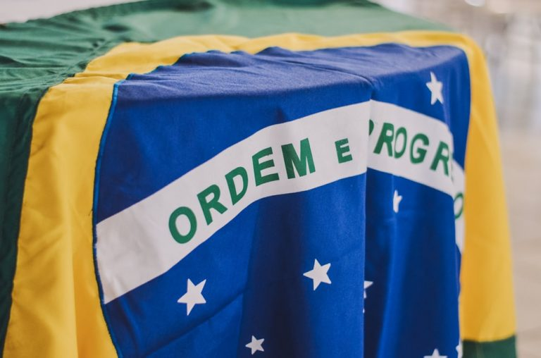 Bandeira do Brasil, foto de Unsplash
