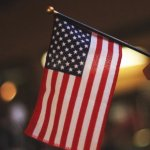 PMI composto dos EUA desacelera ritmo de crescimento em julho