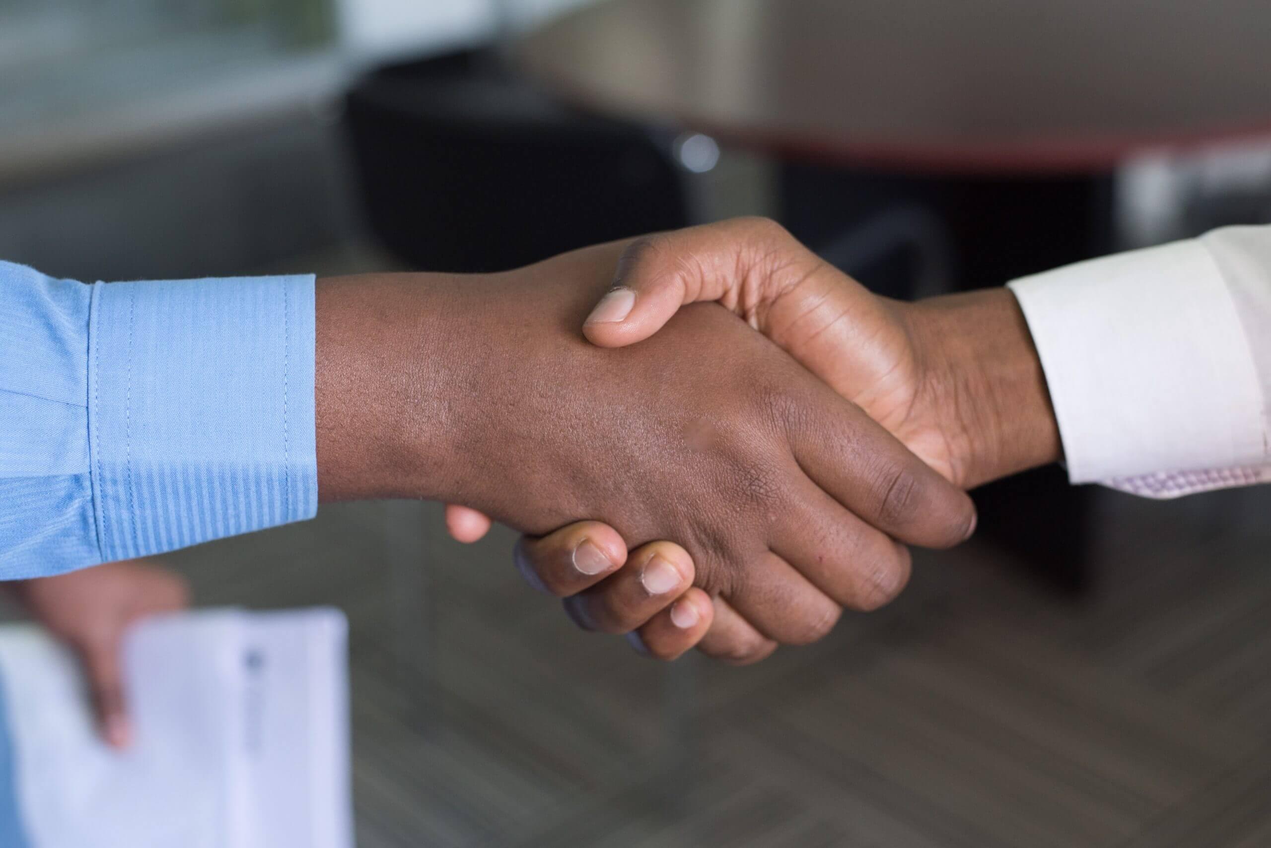 Lojas Americanas e B2W estudam potencial combinação de negócios