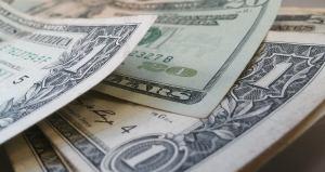 dólar Brett Hondow por Pixabay