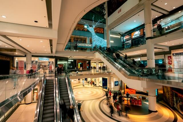 shopping unsplash